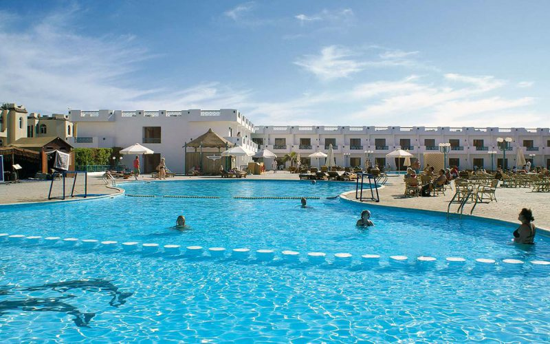 Sharrm Cliff Resort pool